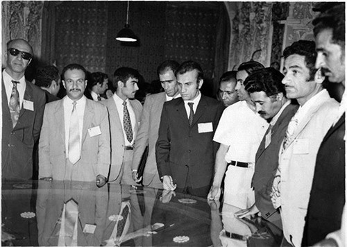 اعضای کنگره تاریخ ایران 1350 تهران ـ بازدید ازموزه هنرهای تجسمی