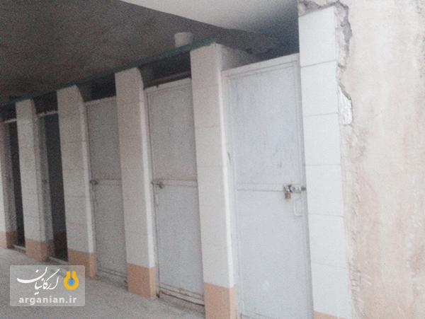 وضعیت نامناسب سرویس های بهداشتی ورزشگاه 22 بهمن بهبهان